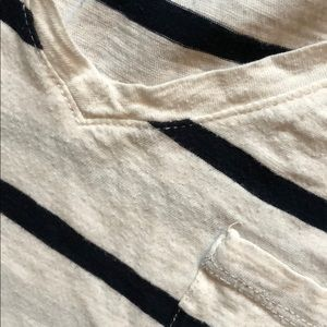 Madewell Tops - madewell Whisper Cotton V-Neck Pocket Tee in Crest